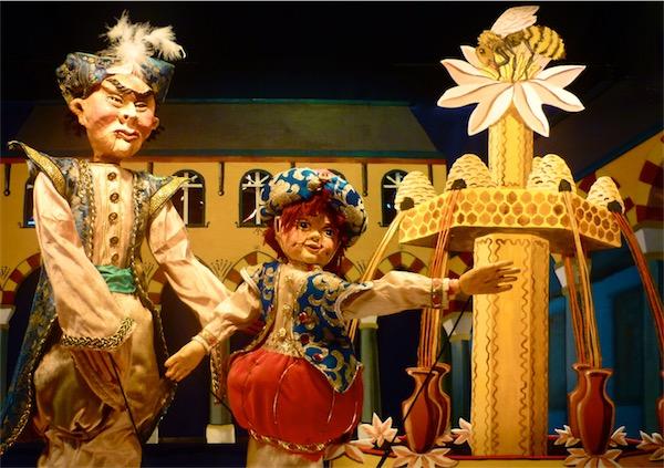 De Heks en de Sinaasappelprins in Het Nederlands Marionettentheater op 8-4-2017